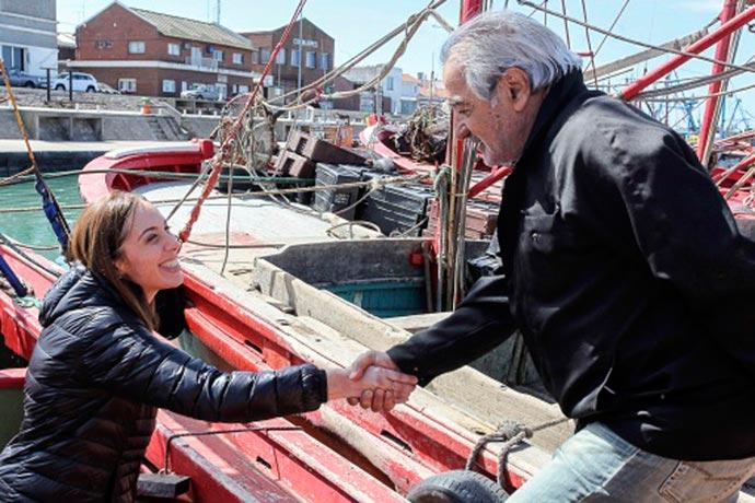 Revista Puerto - Vidal con pescadores