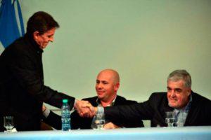 La negativa influencia de Fernando Álvarez sobre Mario Das Neves compromete los recursos y ridiculiza al gobierno chubutense.