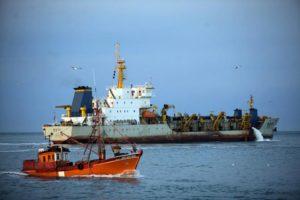 Revista Puerto - Dragado en Mar del Plata 00