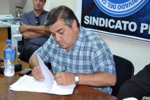 Luis Núñez, secretario General del STIA.
