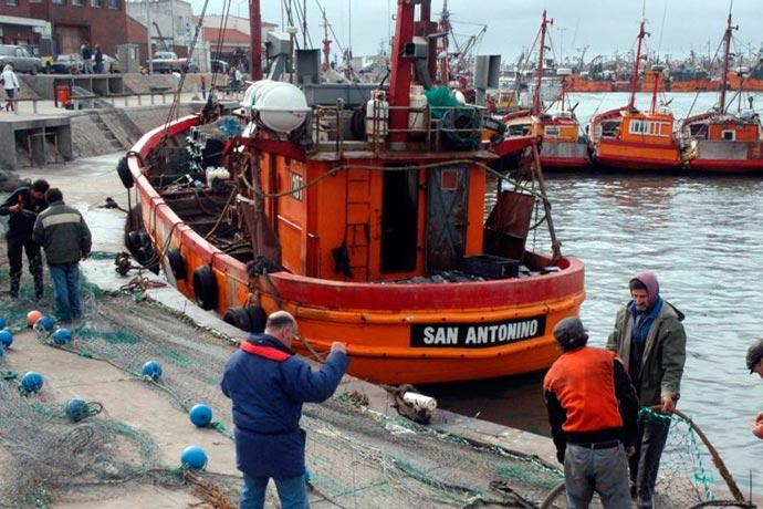 revista-puerto-industria-naval-marplatense