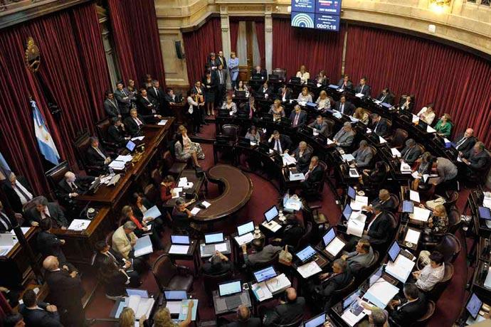 Revista Puerto - Reembolsos en el Senado Nacional