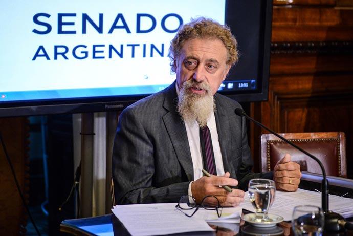 Revista Puerto - Senador por Chubut Alfredo Gonzalez Luenzo