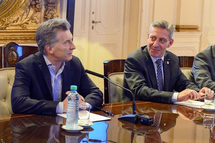 Revista Puerto - Pacto Fiscal