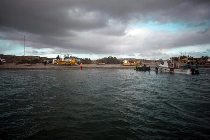 Revista Puerto - Artesanales de Playa Larralde 02