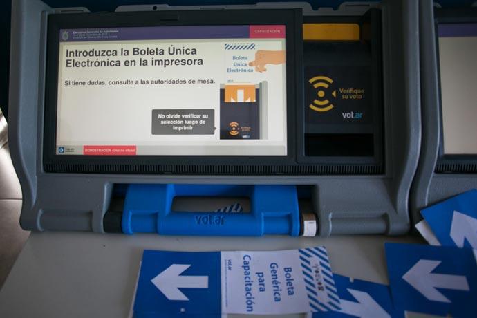 Revista Puerto - Elecciones SOMU 05