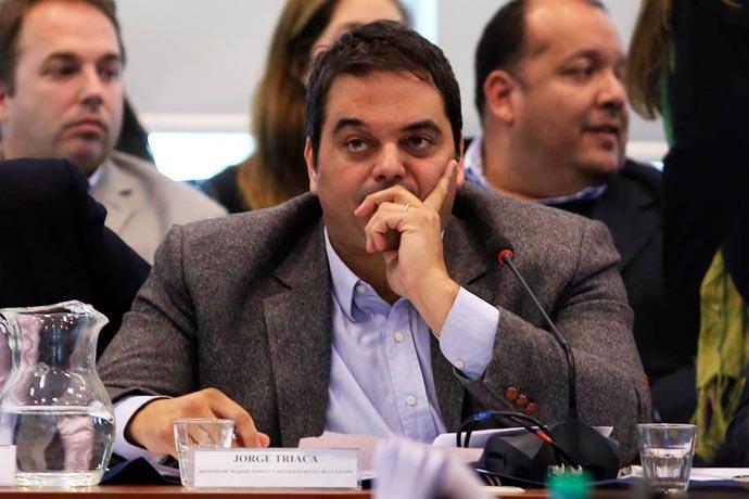 Revista Puerto - Ministro de Trabajo Jorge Triaca