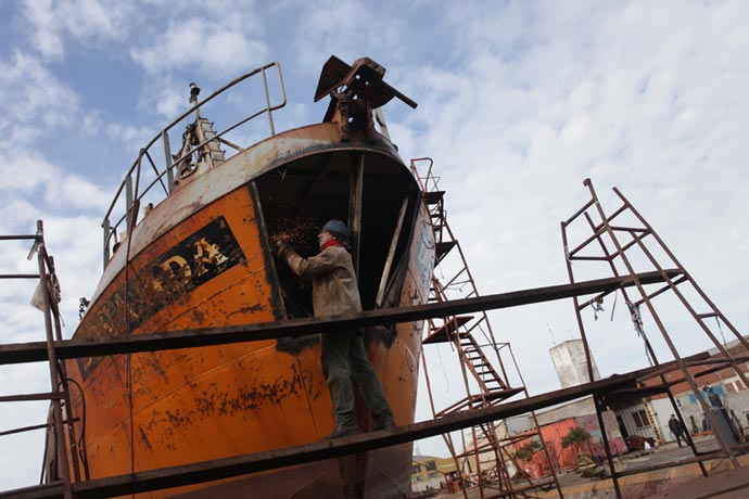 Revista Puerto - Obreros Navales 01