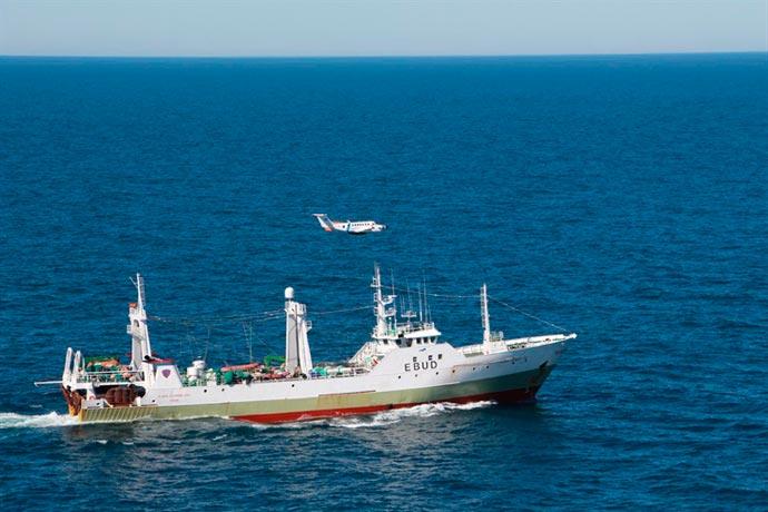 Revista Puerto - PNA captura pesquero español 01