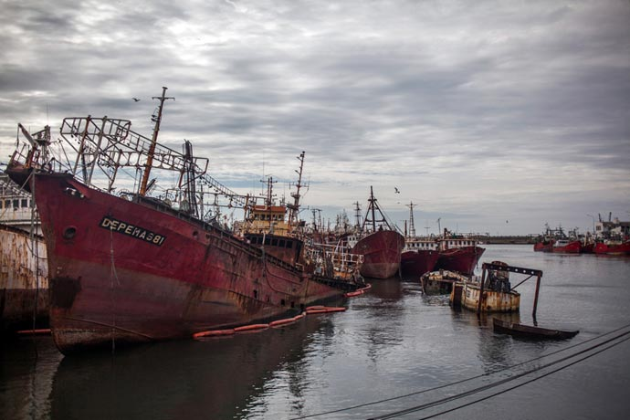 Revista Puerto - Pesqueros a desguace