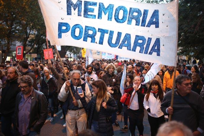 Revista Puerto - Acto por la Memoria en el Puerto 01