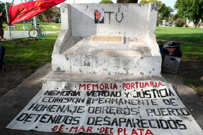 Revista Puerto - Acto por la Memoria en el Puerto 06