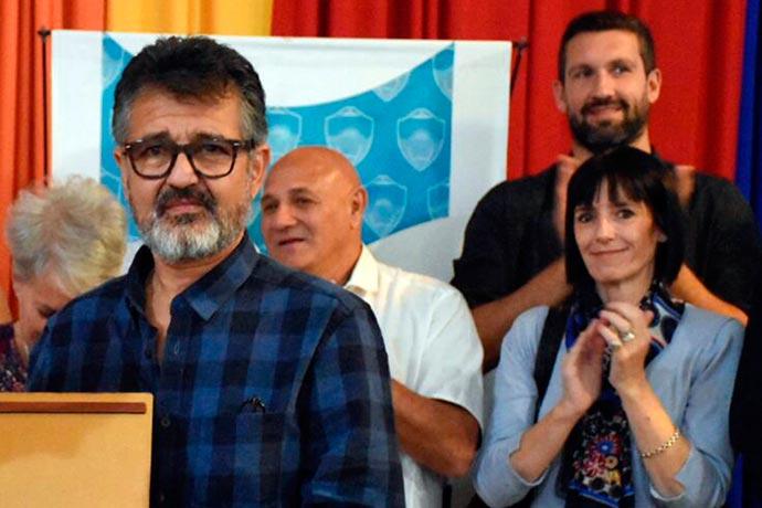 Revista Puerto - Feria Artesanales de Madryn 01