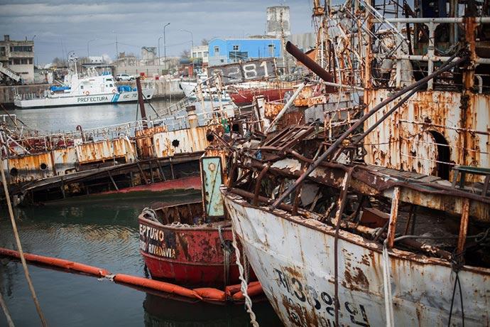 La remoción de buques no sumó interesados | revista puerto