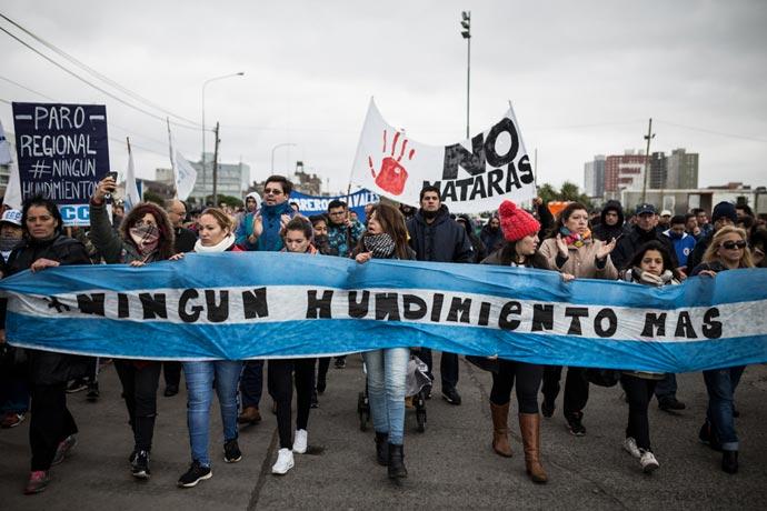 Revista Puerto - Marcha Rigel 02