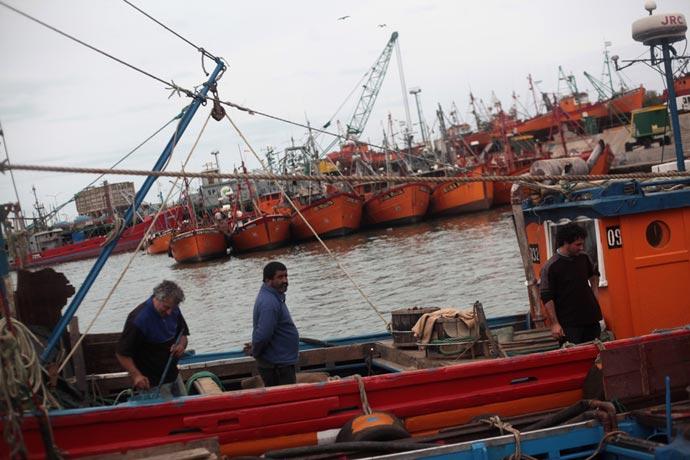 Revista Puerto - Lanchas amarillas de Mar del Plata 13