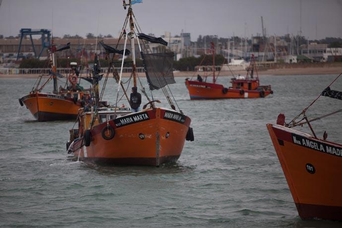 Revista Puerto - Lanchas amarillas de Mar del Plata 19