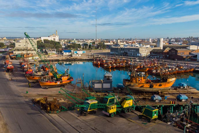 Revista Puerto - Lanchas amarillas de Mar del Plata 23