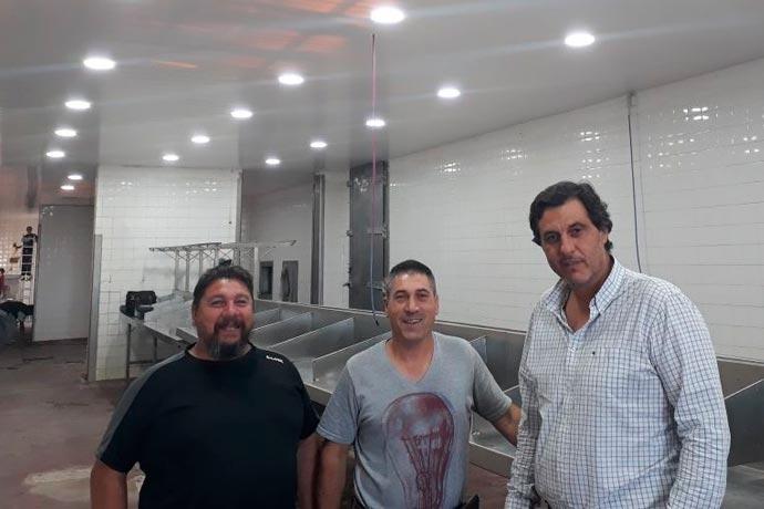 Revista Puerto - Adrian Awstin visita planta en Trelew