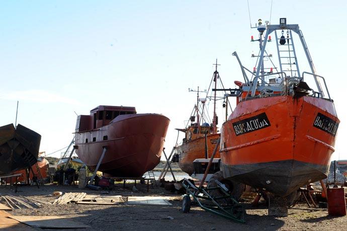 Chubut reglamentó el reemplazo de buques pesqueros