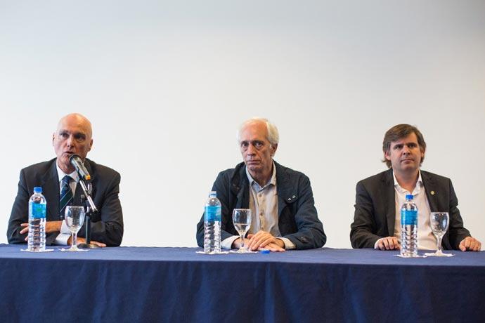 Revista Puerto - INIDEP 04 - Marcelo Lobbosco Guillermo Bernaudo y Juan Manuel Bosch