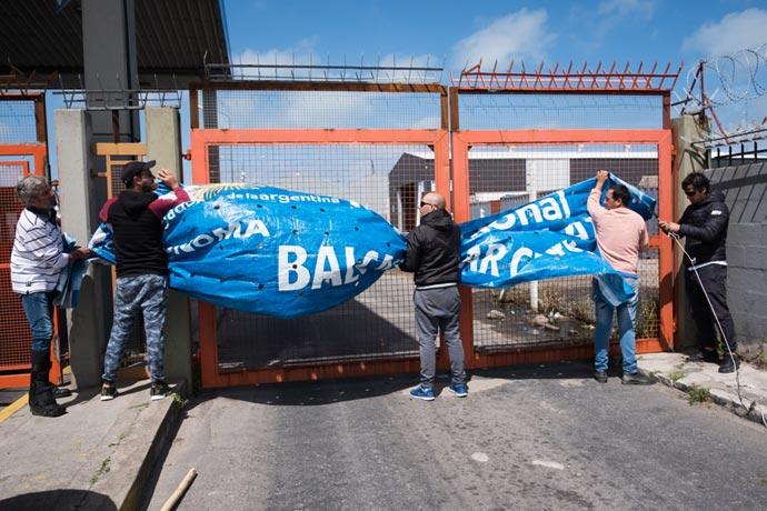 Revista Puerto - Protesta eventuales de la estiba MdP 01