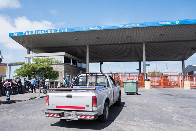 Revista Puerto - Protesta eventuales de la estiba MdP 13