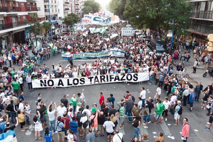 Revista Puerto - SOIP en Marcha de las Antorchas 08