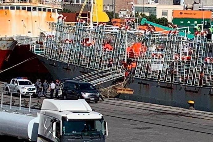 Revista Puerto - Desembarcan otro muerto en Montevideo 01