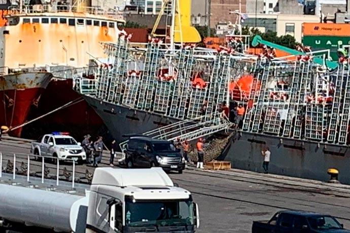 Revista Puerto - Desembarcan otro muerto en Montevideo 03
