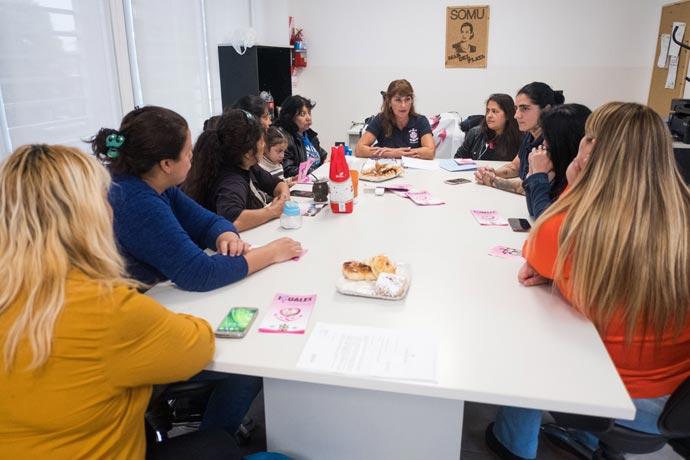 Revista Puerto - Mujeres marineras del SOMU 01