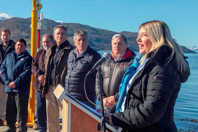 Revista Puerto - Gobernadora de Tierra del Fuego Rossana Bertone