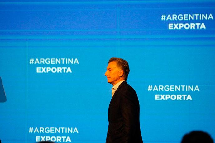 Revista Puerto - Presidente Mauricio Macri 01