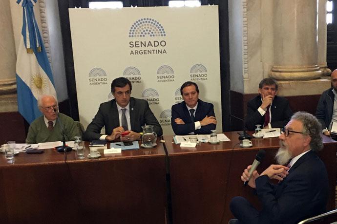 Revista Puerto - Renovacion de flota - Reunion en el Senado 07