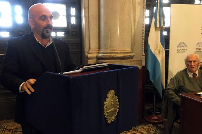 Revista Puerto - Renovacion de flota - Reunion en el Senado 15