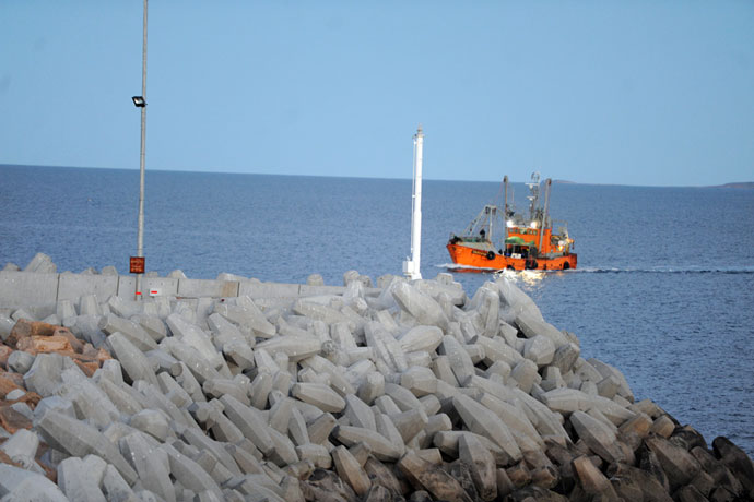 Revista Puerto - Rige el parte de pesca electronico 01