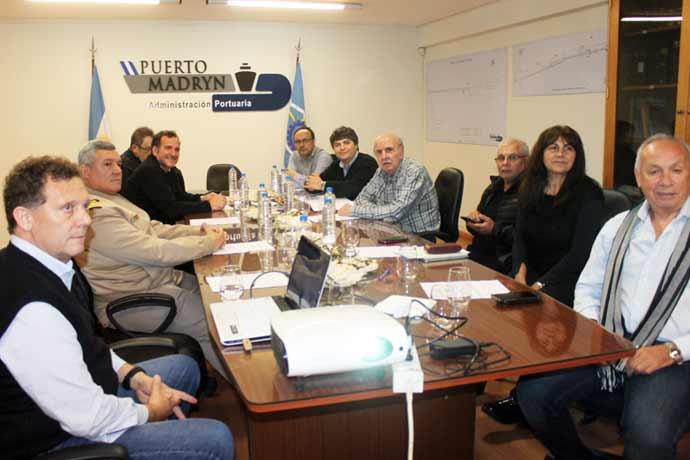 Revista Puerto - CPA reunido en Madryn 01