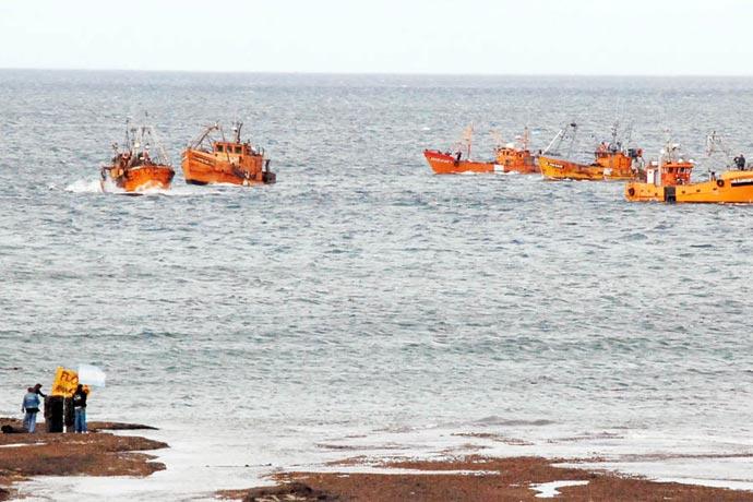 Revista Puerto - Pesqueros de Santa Cruz