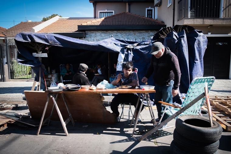 Revista Puerto - Acampe de trabajadores de Roca Mare - 02