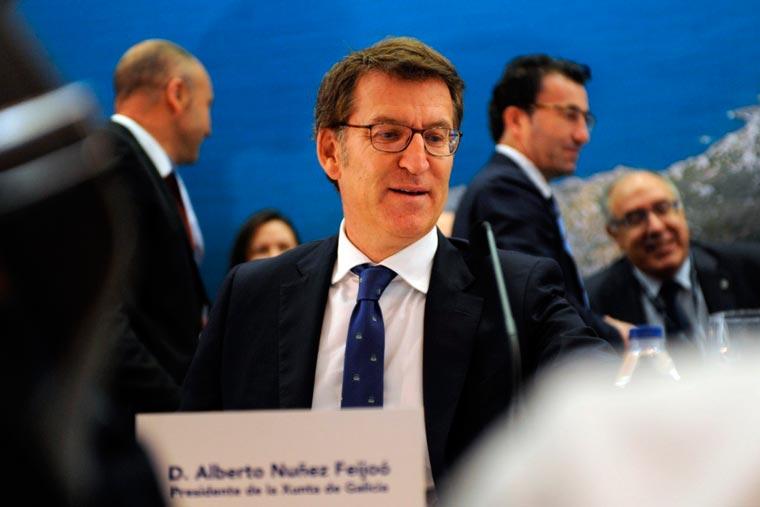 Revista Puerto - Alberto Nunez Feijoo presidente de la Xunta de Galicia - 02