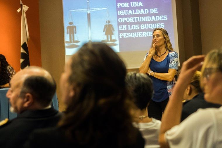 Revista Puerto - Congreso de Mujeres Maritimas - 03