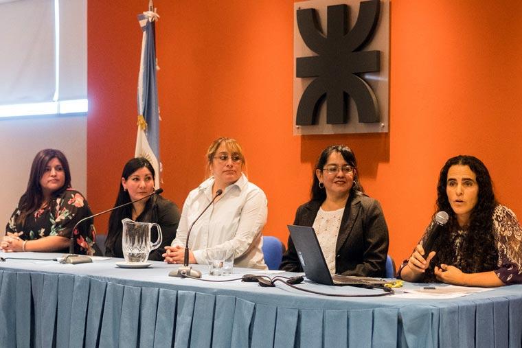 Revista Puerto - Congreso de Mujeres Maritimas - 05