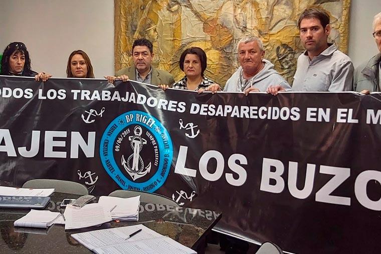 Revista Puerto - Hundimiento del Rigel - Familiares en el Concejo de Madryn - 02