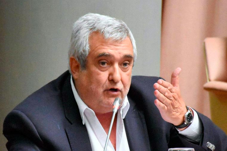 Revista Puerto - Alfredo De Filippo - legislador provincial chubutense