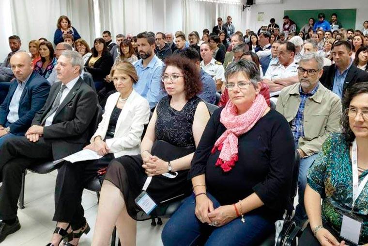 Revista Puerto - Congreso de Ingenieria Pesquera en la UTN - 02