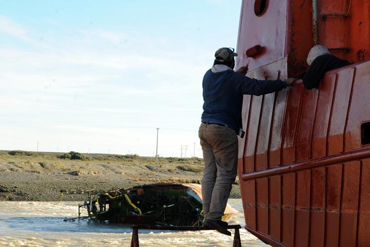 Chubut gastará 120 mil dólares para remover un barco hundido