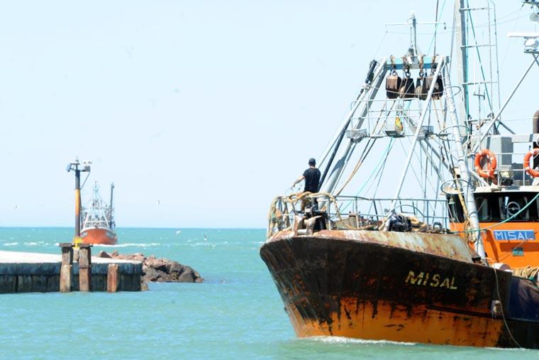 Incrementarían la presión fiscal a la pesca en Chubut