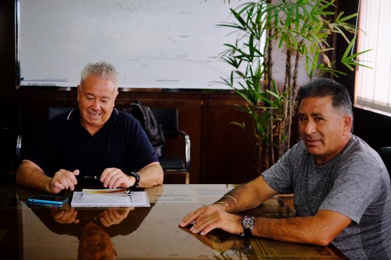 Revista Puerto - Emilio Bustamante y Alberto Ovejero