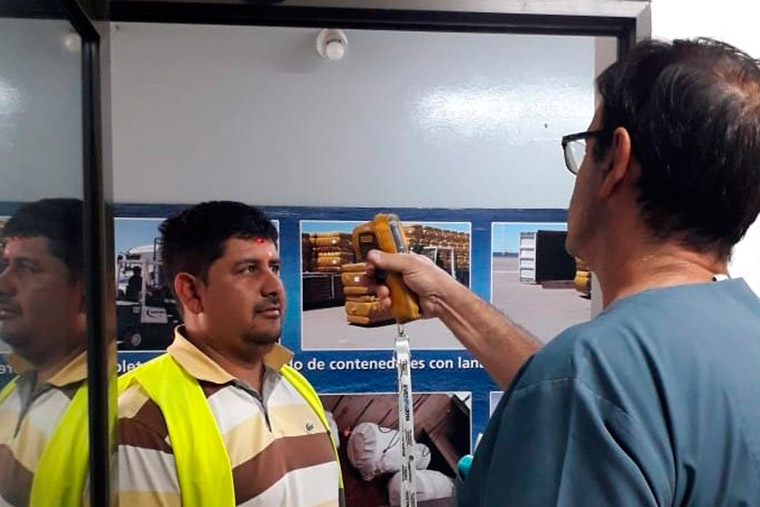 Revista Puerto - Chubut - Controles sanitarios en muelle Storni - 02