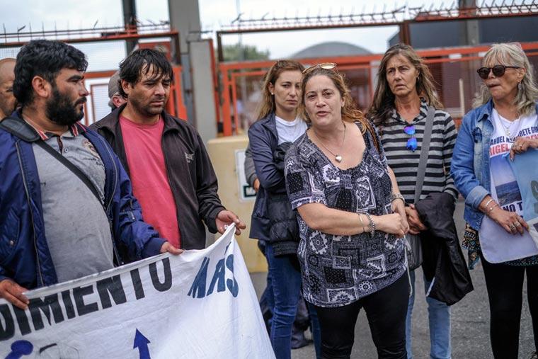 Revista Puerto - Marcha por tripulante del Nuevo Viento desaparecido - 02